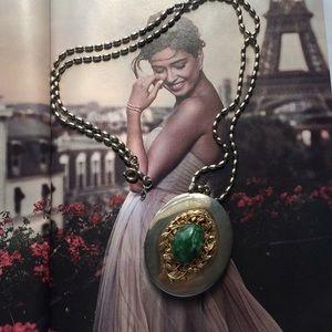 Vintage pendant frame locket